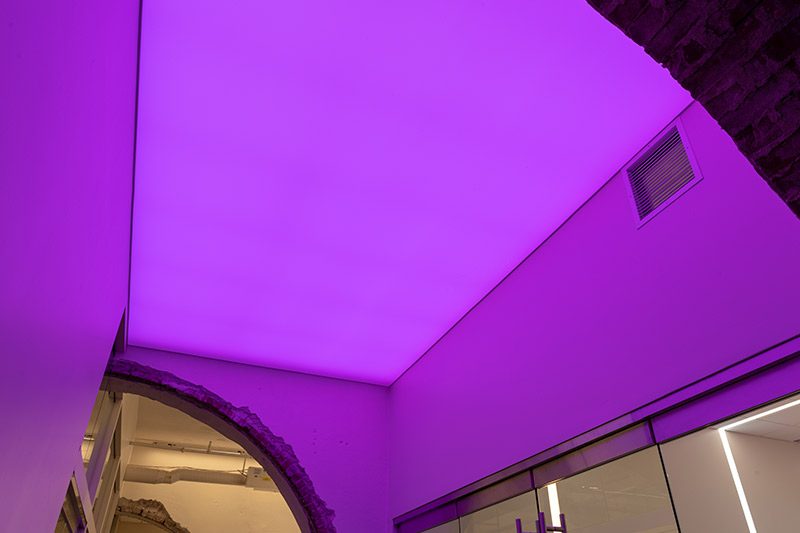 Luminous-stretch-ceiling